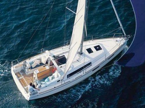 Barca a vela Beneteau Oceanis 35 · 2017
