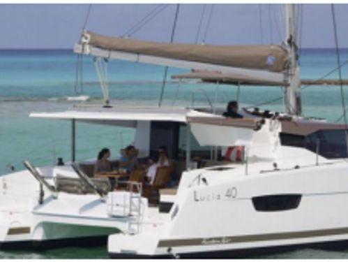 Catamarano Fountaine Pajot Lucia 40 · 2019