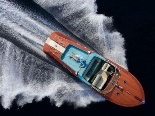 Speedboat Riva Aquarama · 1977