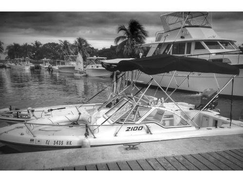 Imbarcazione a motore Hatteras 75 · 2000