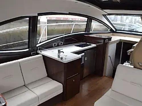 Motorboot Sea Ray 400 Sundancer · 2016
