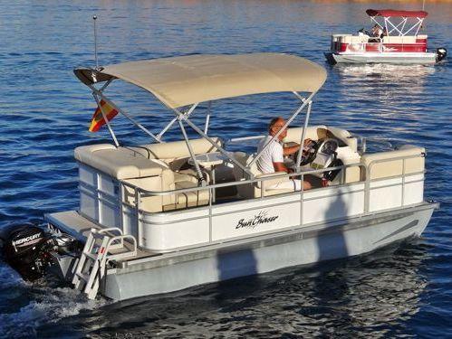 Motor Catamaran Sunchaser 7516 · 2015