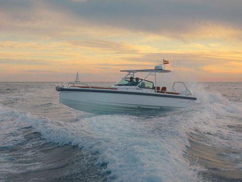 Motorboat Axopar 28 TT · 2020