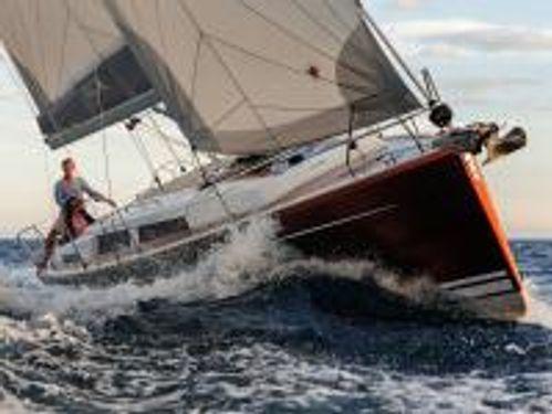 Barca a vela Hanse 388 · 2019