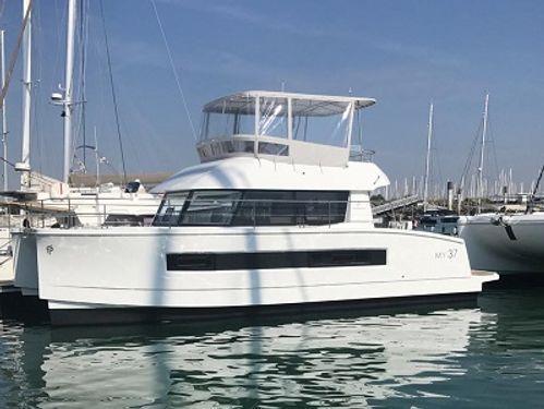 Catamarano a motore Fountaine Pajot MY 37 · 2019
