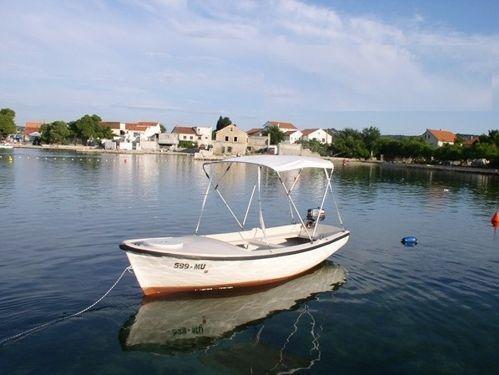 Speedboat Elan Pasara 4.91 (2000)
