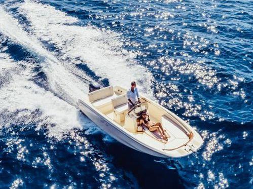 Speedboat Invictus 190 FX · 2020