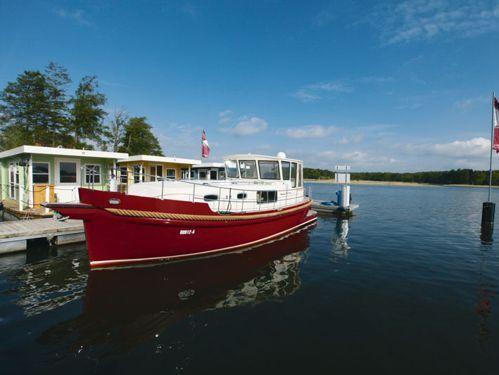 Imbarcazione a motore River Boat 1122 S · 2015