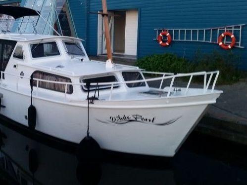 Motorboat Curtevenne 830 · 1979