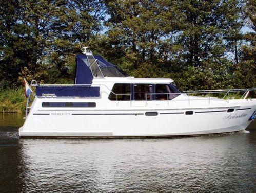 Houseboat Premier 1275 · 2000