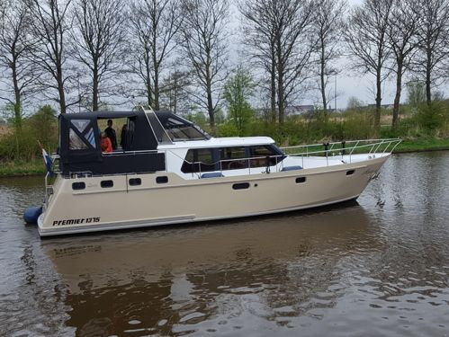 Motorboat Premier 1375 · 2000