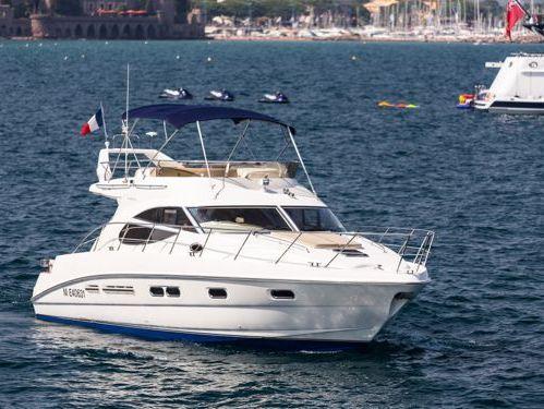 Motorboot Sealine F 42 · 2010