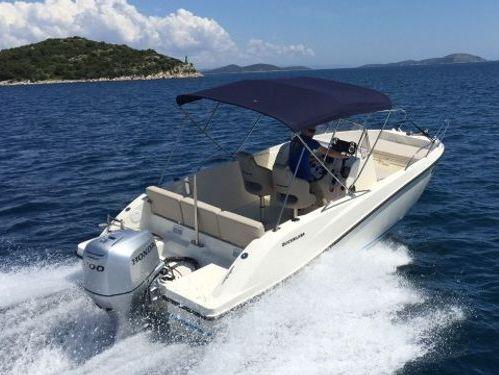 Speedboat Quicksilver 675 (2015)