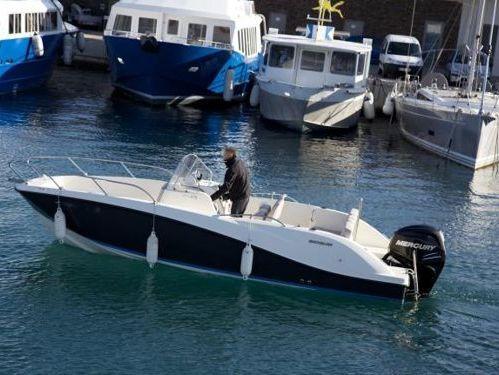 Sportboot Quicksilver Activ 675 SD · 2013