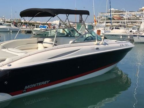 Motoscafo Monterey 278 SS · 2006