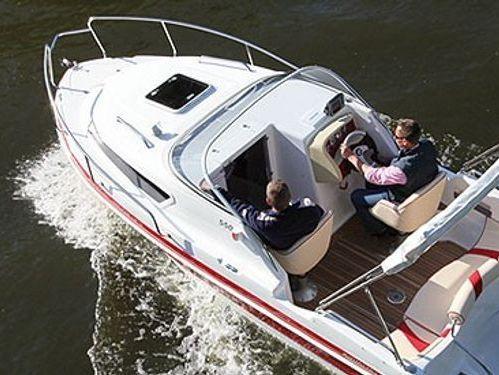 Imbarcazione a motore Aqualine 550 (2020)