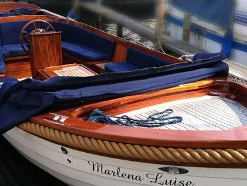 Speedboat Custom Built · 2012