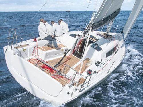 Barca a vela Dehler 34 · 2017