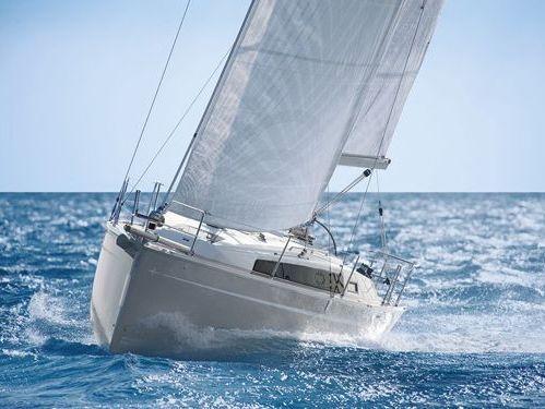 Sailboat Bavaria 33 (2016)