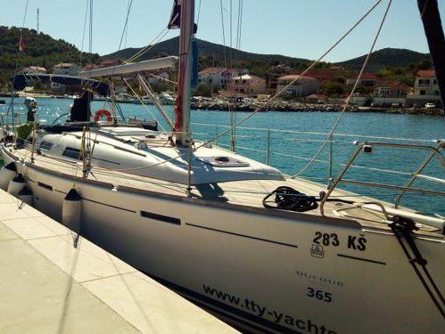 Barca a vela Dufour 365 Grand Large (2008)