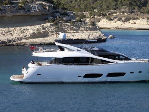 Imbarcazione a motore Sunseeker Predator 92 (2013)