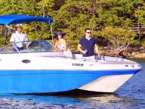 Speedboat Hurricane 27 · 2017
