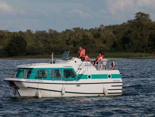 Houseboat Vetus 900 · 2010