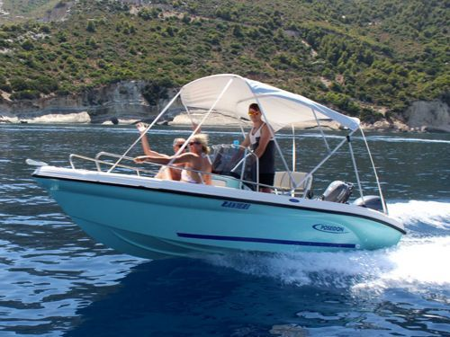 Speedboat Ranieri Poseidon Azzura 5m · 2017
