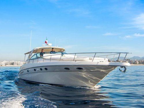 Motorboat Sea Ray 460 · 2001