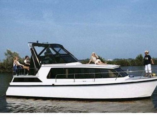 Motorboot BEGE 900 AK (2000)