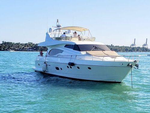 Imbarcazione a motore Ferretti 730 Sun Cruiser (2009)