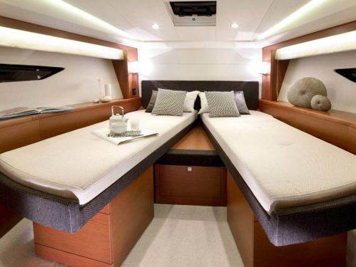 Motorboot Jeanneau Prestige 50 s · 2012