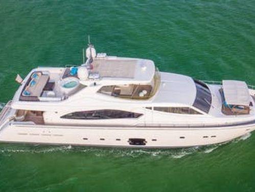 Imbarcazione a motore Ferretti 880 · 2006