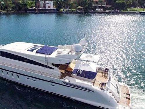 Motorboat Leopard 106 · 2007