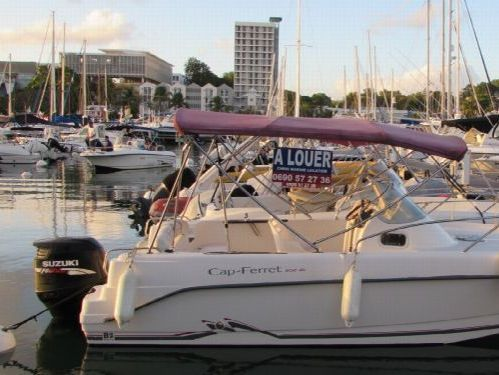 Sportboot B2 Marine 652 Cruiser · 2007