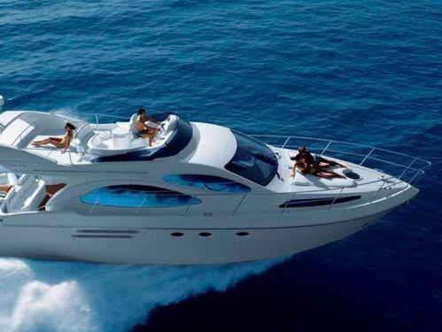 Motorboat Azimut 46 Fly · 2006