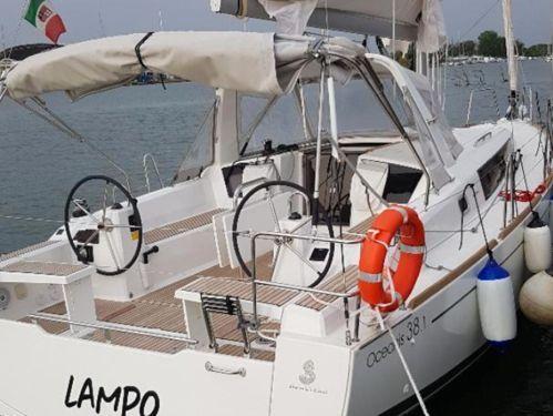 Zeilboot Beneteau Oceanis 38.1 · 2020
