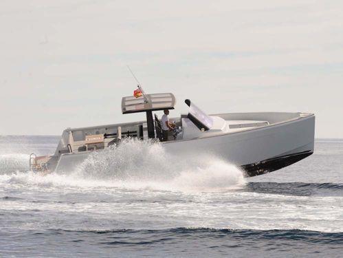 Imbarcazione a motore Fjord 40 Open (2013)