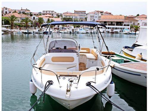 Speedboat Saver 650 · 2012