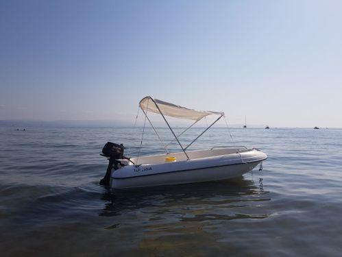 Motorboat Bombard 420 (2005)