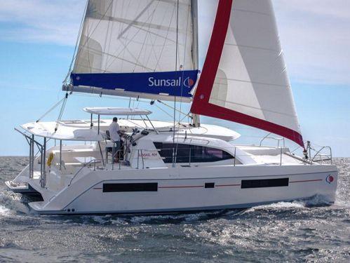 Catamarano Leopard Sunsail 404 (2017)