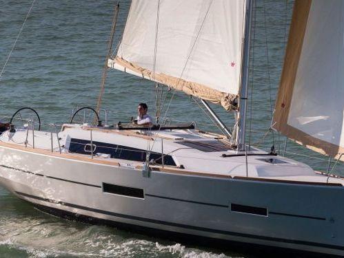 Sailboat Dufour 360 Grand Large · 2019