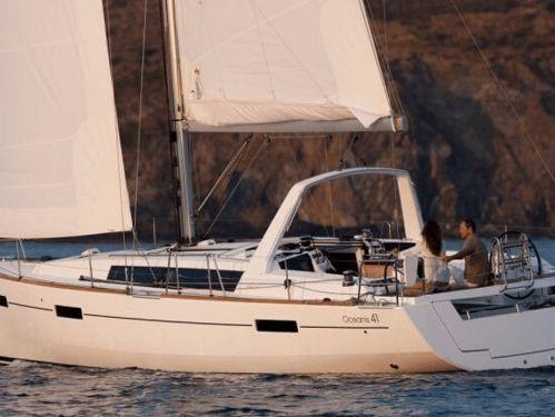 Segelboot Beneteau Oceanis 41 · 2015