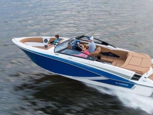 Speedboat Glastron 475 · 2018