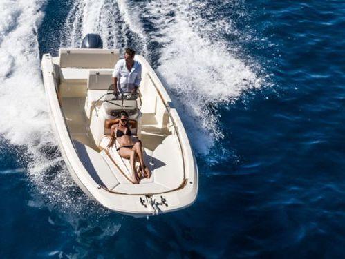 Speedboat Invictus 200 FX · 2019
