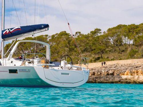 Barca a vela Beneteau Moorings 42.1 · 2017