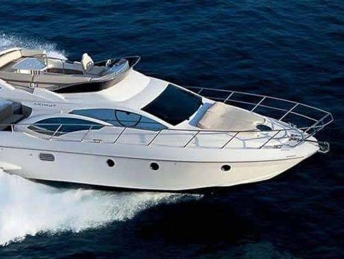Motorboat Azimut 46 · 2000