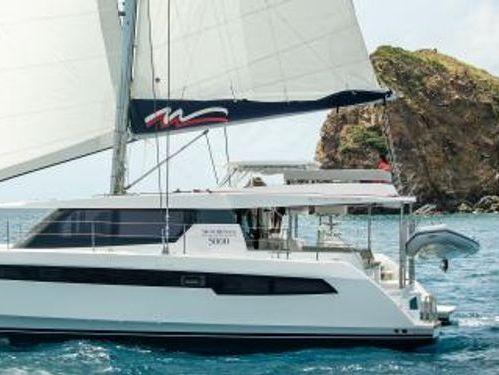 Catamaran Leopard Moorings 5000 · 2019