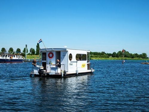 Houseboat Custom Built · 2019