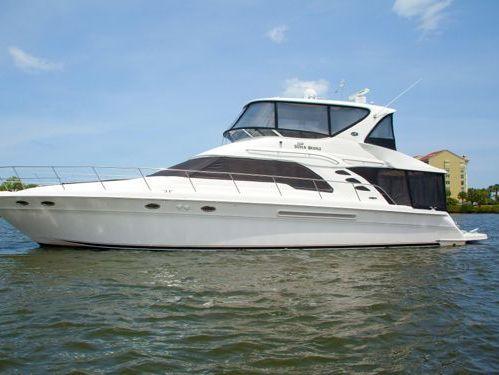 Motorboat Sea Ray 560 Sedan Bridge · 2010